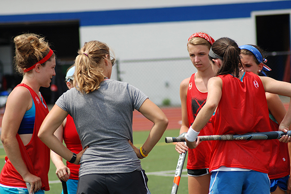 Field Hockey Camps - Coaches Huddle