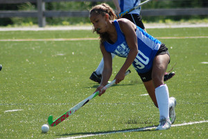 Field Hockey Camps - Making a Pass
